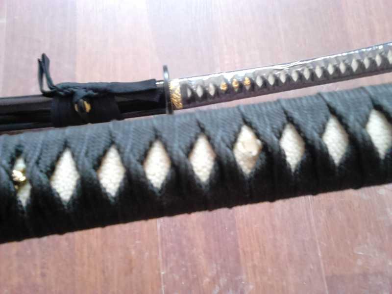 28)Катаны. Боевые и сувенирные образцы.